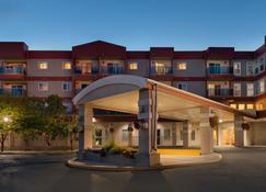 Stanton Suites Hotel - Yellowknife - Gebäude