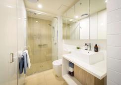 Alcyone Hotel Residences - Brisbane - Bathroom