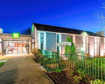 ibis Styles Douai Centre Gayant Expo - Douai - Building