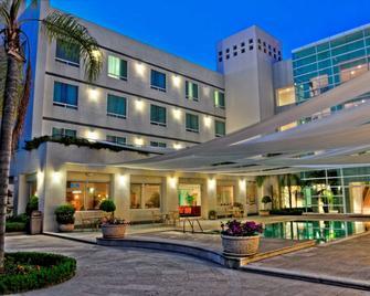Radisson Poliforum Plaza Hotel Leon - León - Edificio