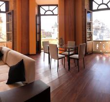 Flore Apartment