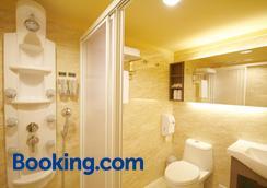 Kindness Hotel Houyi Jiuru - Kaohsiung - Bathroom