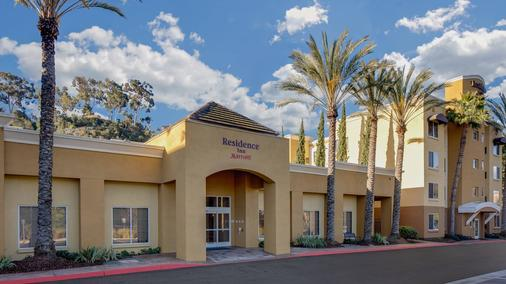 Residence Inn by Marriott San Diego Mission Valley/SeaWorld Area - San Diego - Building