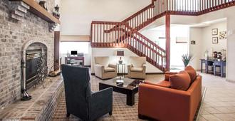 Comfort Suites Peoria I-74 - Peoria - Aula