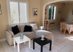 Villa 300 M From The Beach - Saint-Pair-sur-Mer - Living room