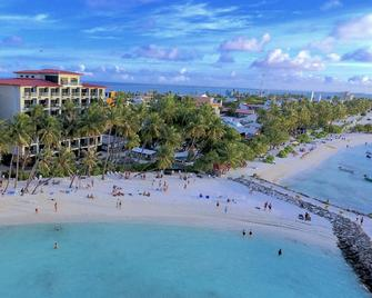 Kaani Grand Seaview - Maafushi - Beach