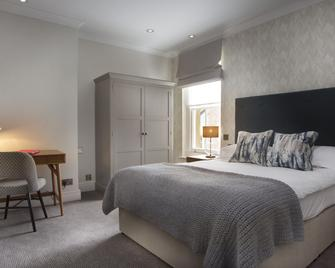 Royal Wells Hotel - Tunbridge Wells - Bedroom