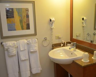 Courtyard by Marriott Aguadilla - Aguadilla - Badkamer