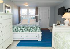 MV Surfside Hotel - Oak Bluffs - Schlafzimmer