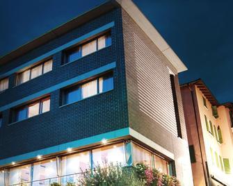 Conca Bella - Chiasso - Building