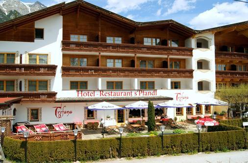 Bergidyll & Hotel Trofana - Leutasch - Building