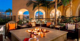 Courtyard by Marriott San Diego Airport/Liberty Station - סן דייגו - מסעדה