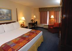 Point Plaza Suites at City Center - Newport News - Bedroom