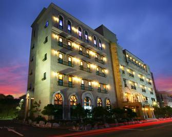 Incheon Airport Oceanside Hotel - Incheon - Building