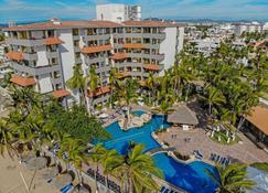 Luna Palace Hotel and Suites - Mazatlán - Pool