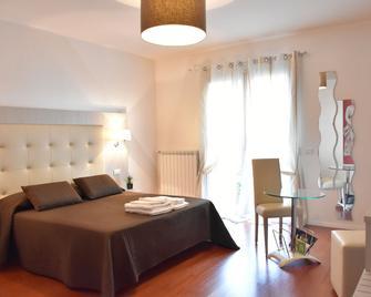 Conte Ardi Luxury Rooms - Santeramo in Colle - Bedroom