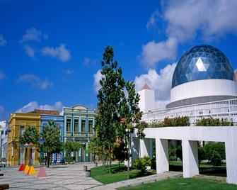 Holiday Inn Fortaleza - Fortaleza - Building