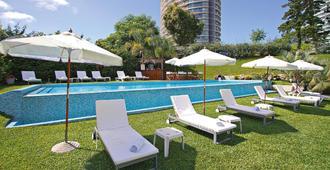 Sisai Hotel Boutique - Punta del Este - Bể bơi
