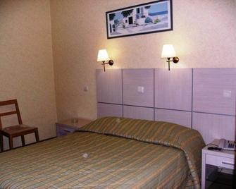 Hotel Pantheon - Pýrgos - Bedroom