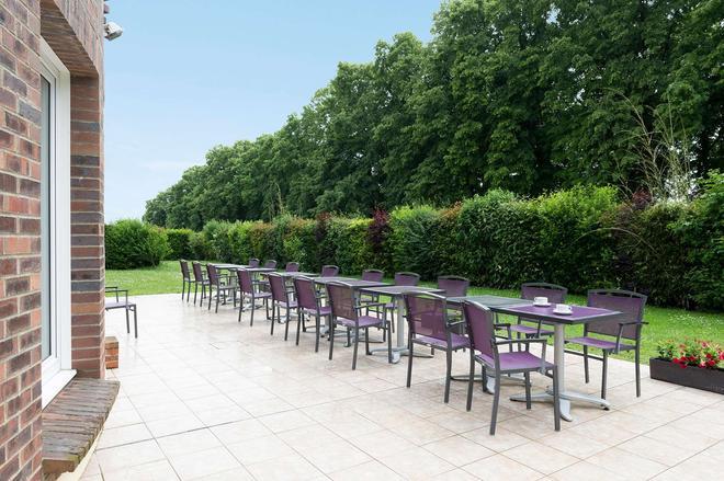 Inter-Hotel City - Beauvais - Patio