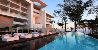 Encanto Acapulco - Acapulco - Bể bơi