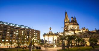One Guadalajara Centro Histórico - גוואדאלחארה - בניין