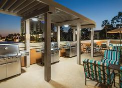Candlewood Suites Anaheim - Resort Area - Anaheim - Edificio