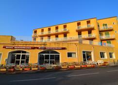 Hotel Méditerranée - Calvi - Building
