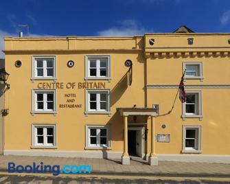 Centre of Britain Hotel & Restaurant - Haltwhistle - Building