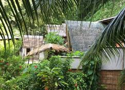 Ngellil Nature Island Resort - Koror Town - Vista del exterior