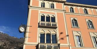 Vista Palazzo Small Luxury Hotel - Como - Edificio