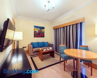 The Caleta Hotel Self-Catering Apartments - Gibraltar - Living room