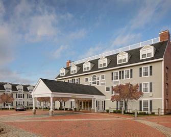 Westford Regency Inn & Conference Center - Westford - Gebäude
