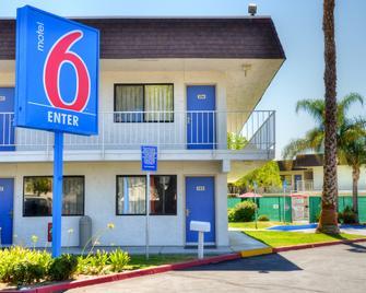 Motel 6 Santa Nella Los Banos Interstate 5 - Santa Nella - Gebouw