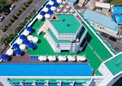 Jeju Pacific Hotel - Jeju City - Uima-allas