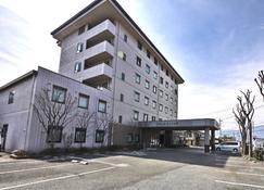 Hotel Route-Inn Court Yamanashi - Yamanashi - Building