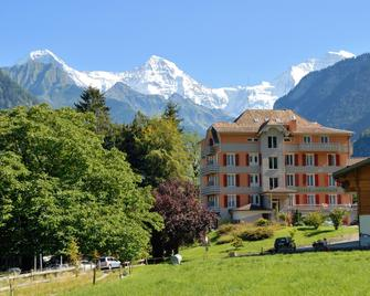 Hotel Berghof Amaranth - Wilderswil - Будівля