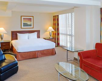 Hilton Chicago O'Hare Airport - Rosemont - Bedroom