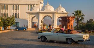 Radisson Blu Udaipur Palace Resort & Spa - אודאיפור