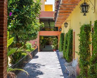 El Relox Hotel & Spa - Tequisquiapan - Вигляд зовні
