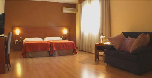 Hostal Y Apartamentos Torre Monreal - Tudela - Bedroom