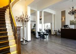 Hotel Royal Bridges - Delft - Front desk