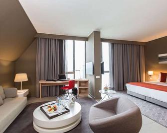 Noom Hotel Conakry - Conakry - Schlafzimmer
