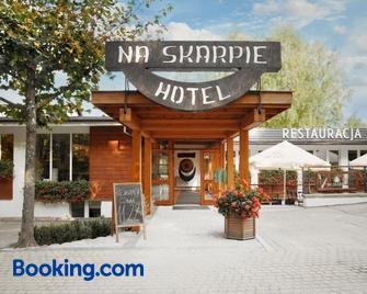 Hotel Na Skarpie- Charzykowy - Charzykowy - Building