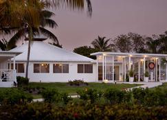 Viva Wyndham Fortuna Beach Resort - Freeport - Edificio