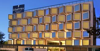 Country Inn And Suites By Carlson Bengaluru Hebbal Road - Bangalore