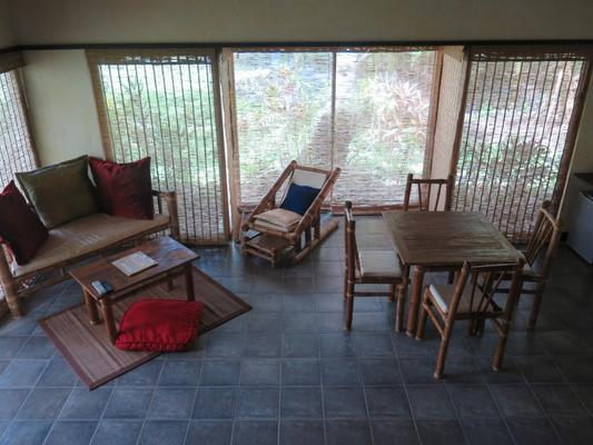 Bahura Resort and Spa - Dauin - Living room