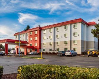 Motel 6 Portland - Wilsonville - Wilsonville - Building