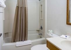 Motel 6 Portland - Wilsonville - Wilsonville - Bathroom