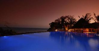 Baobab Beach Resort & Spa - Ukunda - Pool